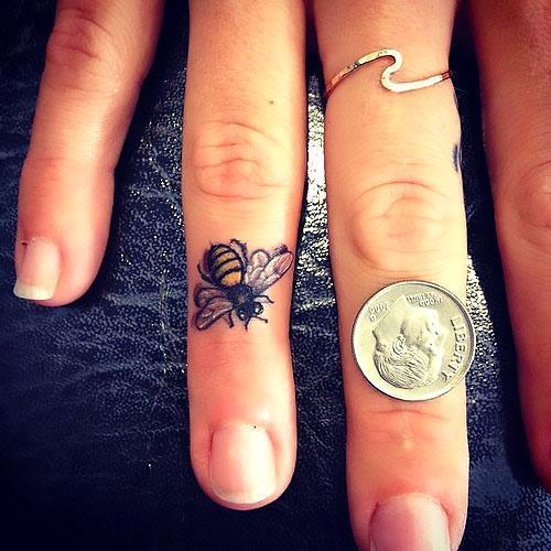 Bee on The Finger Tattoo Idea