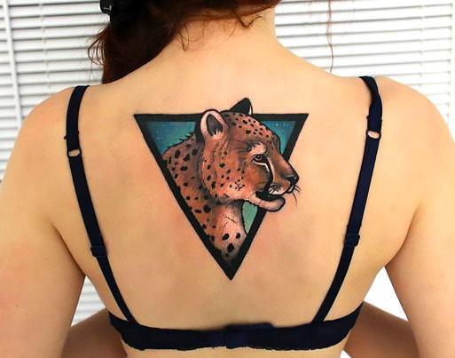 Cheetah on Back Tattoo Idea