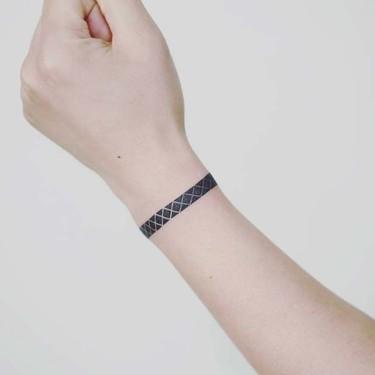 Simple Wrist Bracelet Tattoo