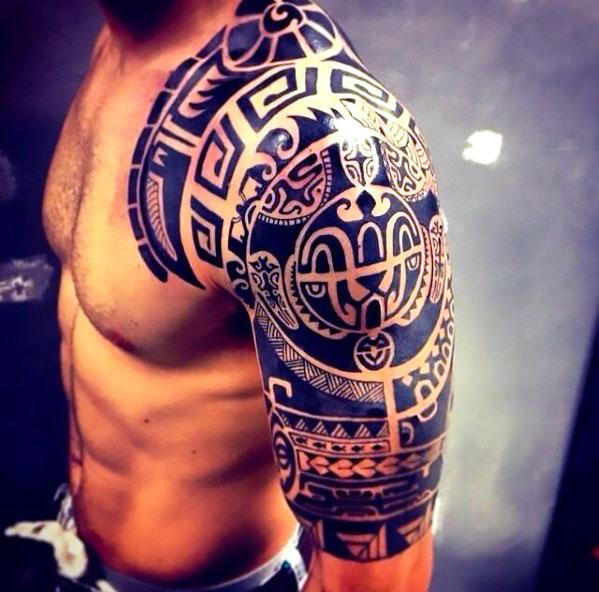 Tribal Shoulder for Guy Tattoo Idea