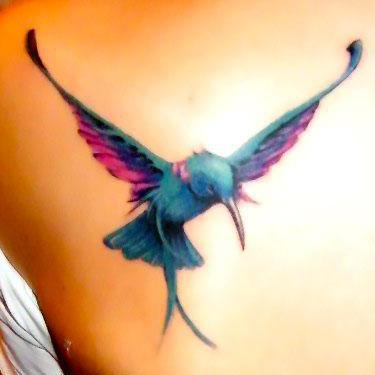 Awesome 3D Realistic Hummingbird Tattoo