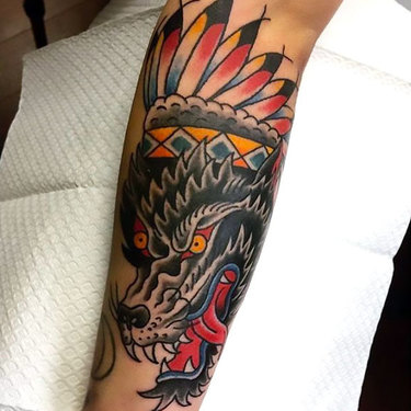 Traditional Wolf on Shin Tattoo