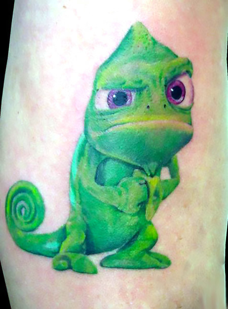 Funny New School Gecko Tattoo Idea