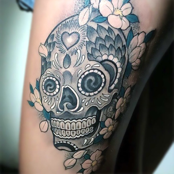 Black and Gray Sugar Skull Tattoo for Girls Tattoo Idea