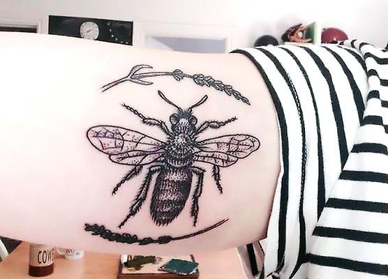 Stylish Bee Tattoo Idea