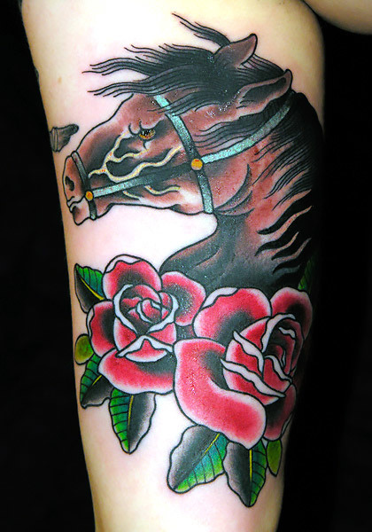 Horse Head and Roses Tattoo Idea