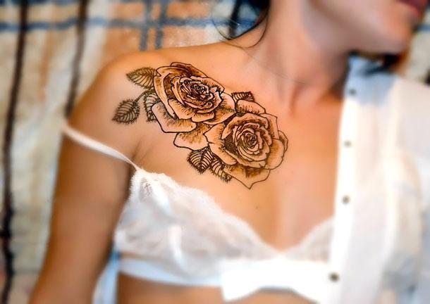 Best Roses on Collar Bone Tattoo Idea