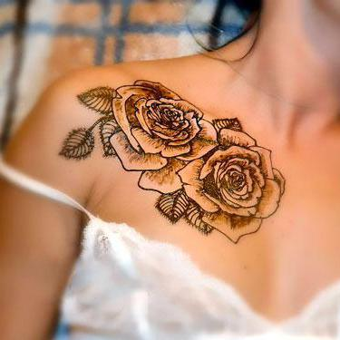 Best Roses on Collar Bone Tattoo